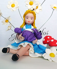 Detalhe Bolo Alice photo by Mila Bolos