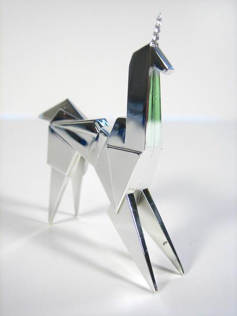 Blade Runner Origami Unicorn Pin: ORIGAMI UNICORN BLADE RUNNER « EMBROIDERY & ORIGAMI