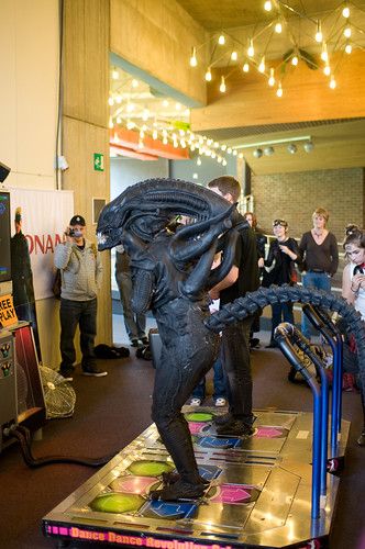 Dance Dance Revolution Alien