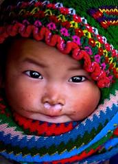 H'Mong babygirl - mũ mèo nhỏ photo by linh.ngan