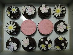 Cute Birthday Cupcakes photo by abakedcreation