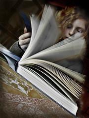 creative reading photo by panta rhei.