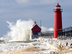 Winter storm at Grand Haven photo by ER Post