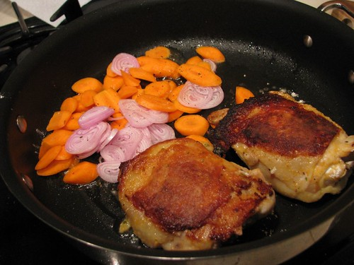 Pan-Seared Chicken With Shallot And Carrots Recipe — Dishmaps