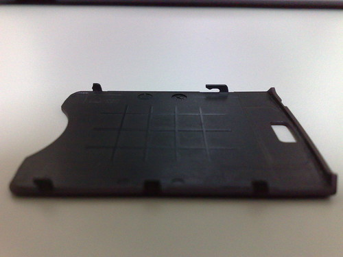 N95 電池背蓋卡榫斷裂