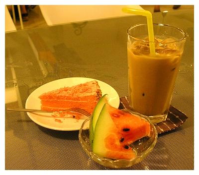 茶點、水果、飲料