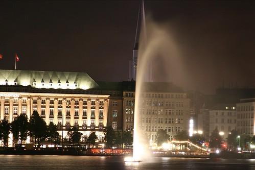 Hamburg bei Nacht: Alster