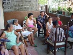 Tia Yaya, Tia Mare y los primos