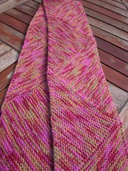 Multi-directional scarf