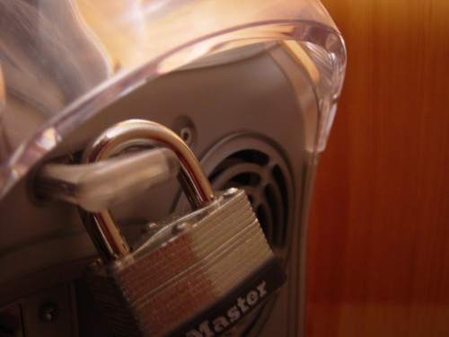 Secure Apple by Wysz on Flickr