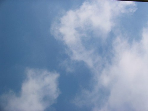 Barcelona sky 2005/09/22/11:46