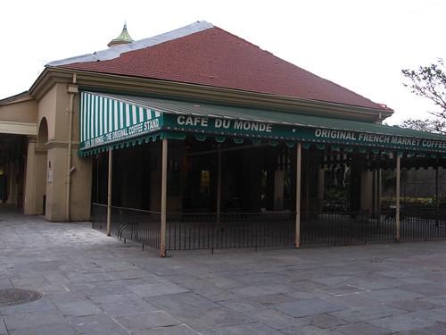 Café du Monde, empty.
