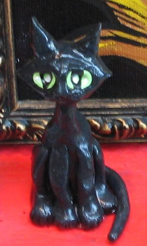 black cat detail