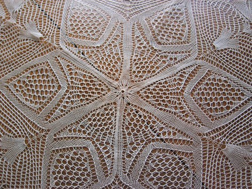 Catalan heirloom lace knitting, detail 1