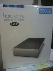 woo hoo! i got a lacie HDD!! =D