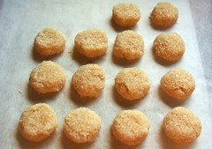 Vanilla Bean Paste Macaroons© by haalo