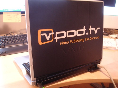 Rodrigo's laptop, with vpod.tv skin