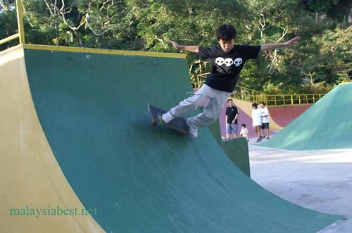 skatboarding3
