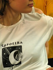 Girls loves capoeira