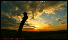 Sunset at Gordion City of King Midas photo by voyageAnatolia.blogspot.com