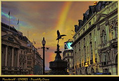 Londres-Piccadilly Circus photo by manutorre