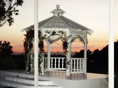 Wedding Gazebo at the Castaway Restaurant photo by Castaway Restaurant Burbank