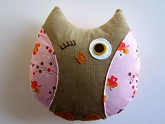 Pink Posies Patchwork Owl photo by Retro_Mama