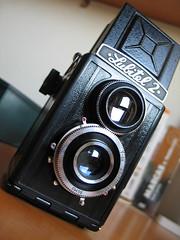My new toy camera: Lubitel 2 photo by Andrés Medina