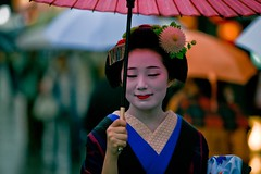 Maiko Mamechiho, Kyoto photo by Paul Cowell