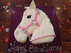 kikis horse head cake photo by Cre8acake