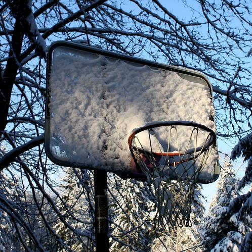snowy hoop