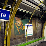 Archéologie publicitaire dans le metro @ Ecole militaire, 07/11/2007
