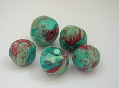 new paper mache beads photo by hel_w