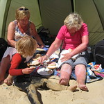 Beach picnic<br/>20 Jul 2008
