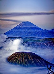 Mount bromo, Surabaya, Indonesia photo by Paul Cowell