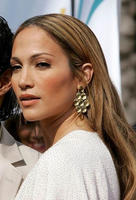 what colour is jennifer lopez hair 2011. jennifer lopez hair 2011.
