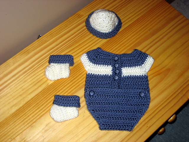 Free Crochet Patterns Baby Outfits : BABY ONESIE CROCHET PATTERN - Crochet ? Learn How to Crochet