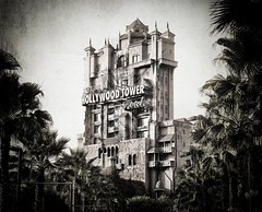 The Hollywood Tower Hotel photo by Stuck in Customs