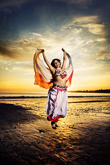 Belly Dance photo by NickChao