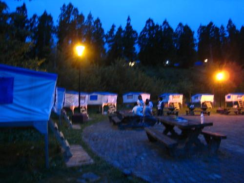 武陵農場露營區空中帳台