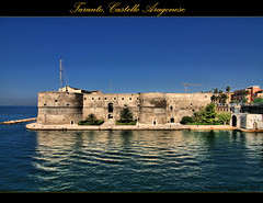 Taranto, Castello Aragonese photo by Angelo Casteltrione (Aka alterdimaggio1957)