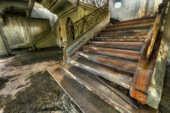 Tyersall House: Singapore Stairway to Heaven.......Once Upon a TIME ....! photo by Ragstatic