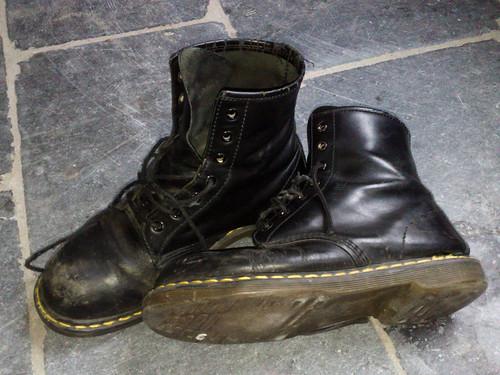 Schoens