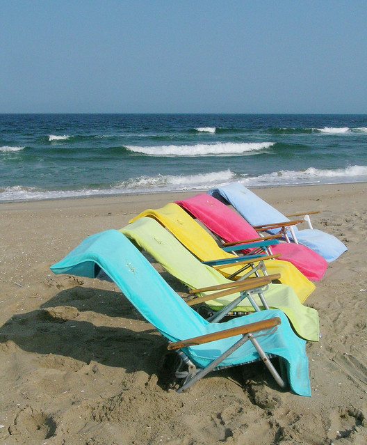 BEACH TOWEL EMBROIDERY « EMBROIDERY & ORIGAMI