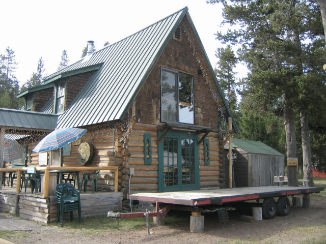 The Bar at Paulina Lake