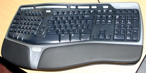 Ergonomic Keyboard 4000 - Overhead