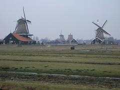 Kincir-Kincir Angin di Volendam, Netherlands