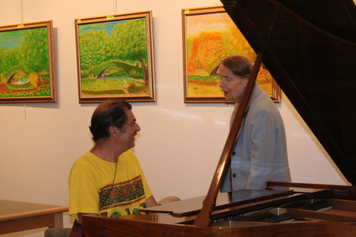 Ramblin in NY: Art show opening: Peter Plays the Piano