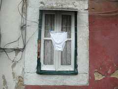 lisboa: panties in window