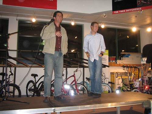 2005-11-08_05_dan_and_tom